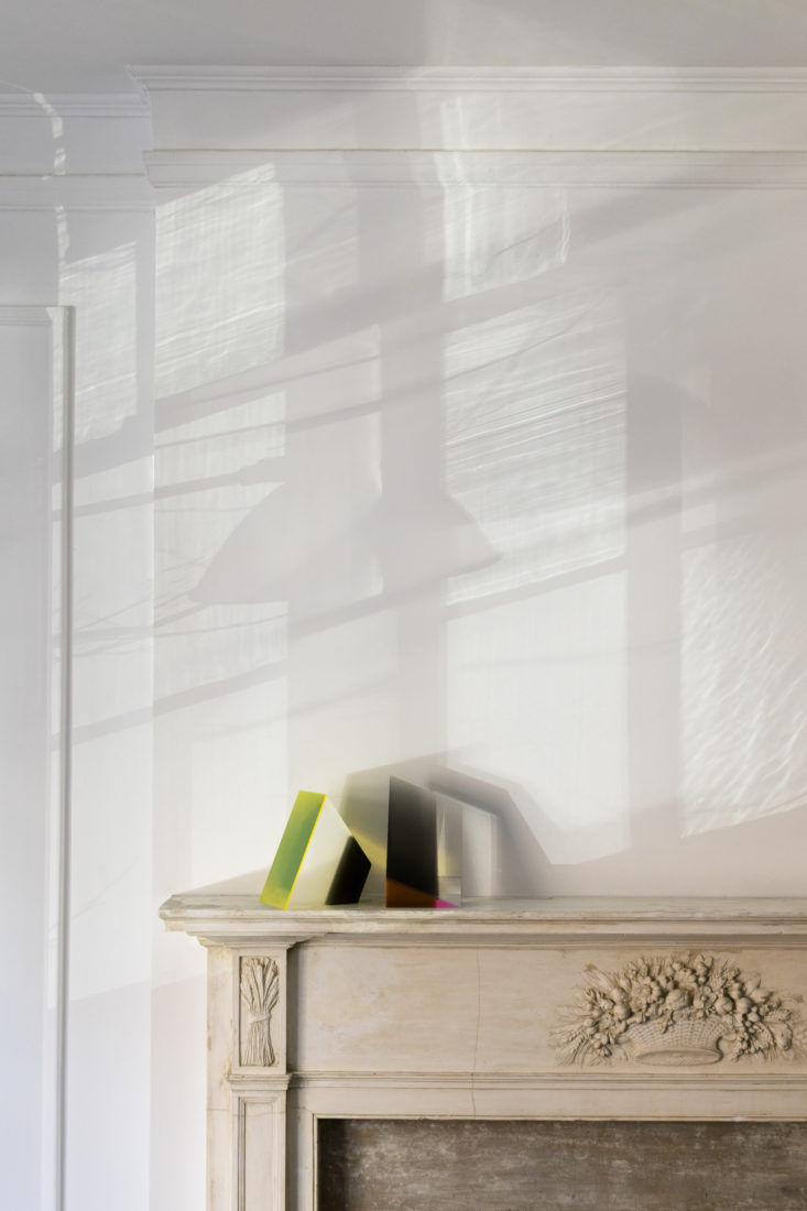 Matthew Axe Jackson Heights Apartment Fireplace by Eric Piasecki